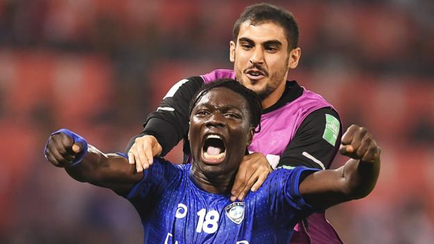Al Hilal 1-0 Esperance Sportive de Tunis: Ex-Swansea striker Bafetimbi Gomis scores winner to reach Fifa Club World Cup semis