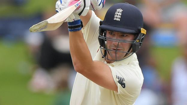 South Africa v England: Visitors set 376 to win first Test