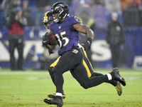 Ravens break single-season team rushing record