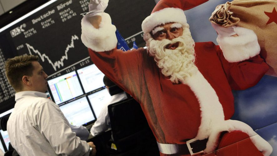 Stock Market Gurus Promised You a Santa Claus Rally – What Happened?
