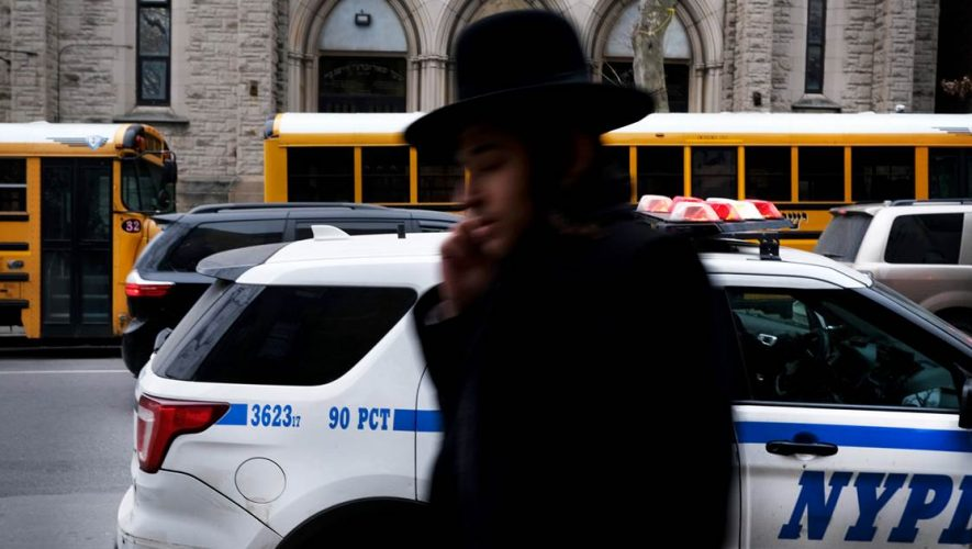 'You just have to live with it': Brooklyn's Orthodox Jewish community responds to recent anti-Semitic attacks – NBC News