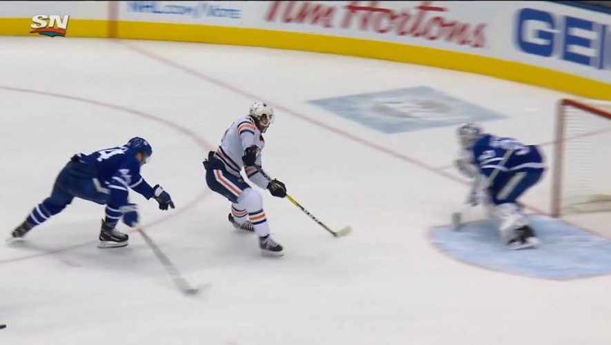 McDavid's four points help Oilers end Maple Leafs point streak at 10