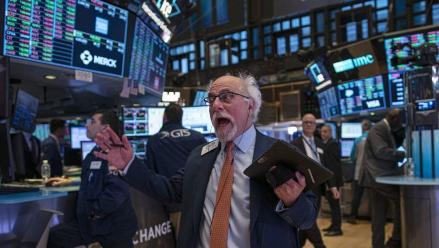 3 Alarming Indicators Point to a Stock Market Crash
