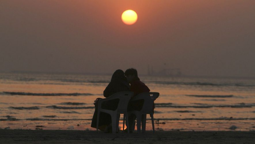Romantics: Majority of Americans believe in the existence of 'soulmates,' survey finds