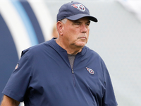 Titans DC Dean Pees retires after 16 seasons in NFL