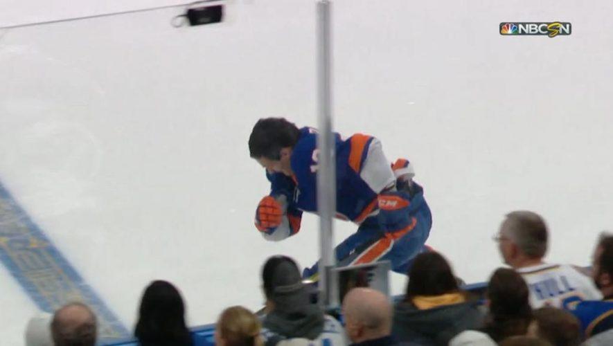 Barzal wins fastest skater, upsets McDavid at All-Stars Skills