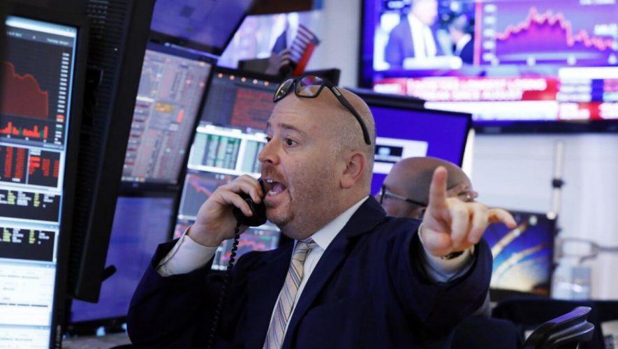 Dow Tumbles After U.S. Coronavirus Escalation Unnerves Stock Market