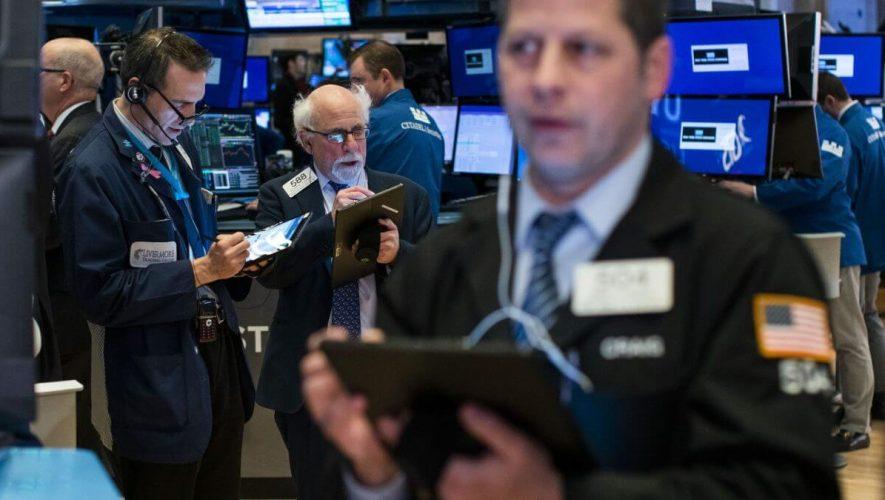 3 Stocks Worth Shorting as Coronavirus Fear Grips the World