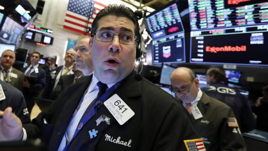 Dow Lacks Conviction as Coronavirus Threatens Consumer Spending