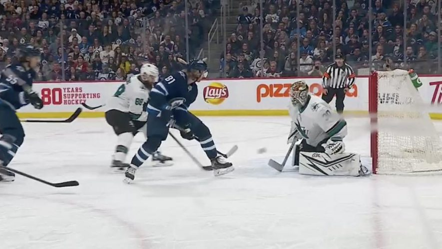 Connor scores unreal between-the-legs power play goal