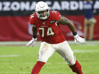 Cardinals agree to 3-year deal with OT D.J. Humphries
