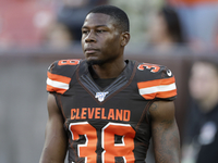 Browns' new GM cuts CB T.J. Carrie, three others
