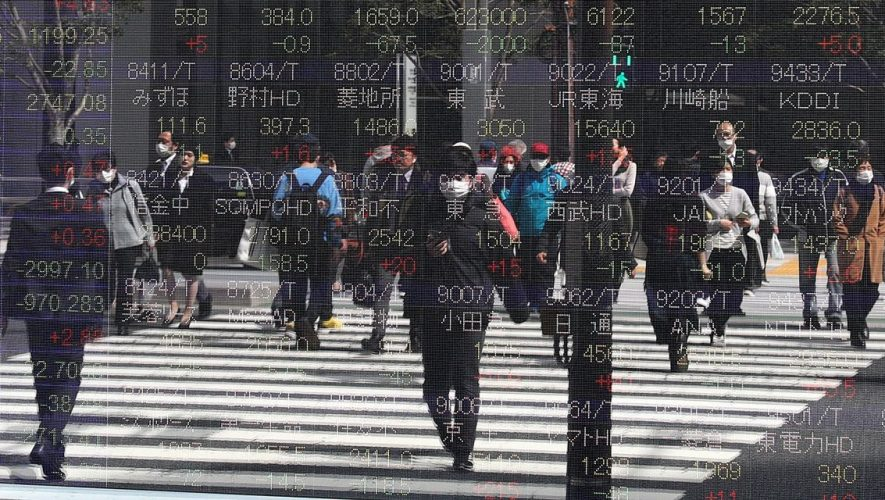 Global Stocks Mixed After Back-to-Back Gains in U.S.